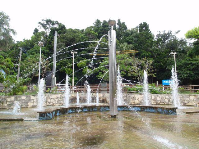 大川児童公園には噴水